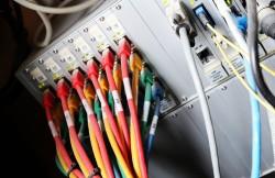DSL Anbieter und die Mindestbandbreite | Bild: Tim Reckmann / pixelio.de