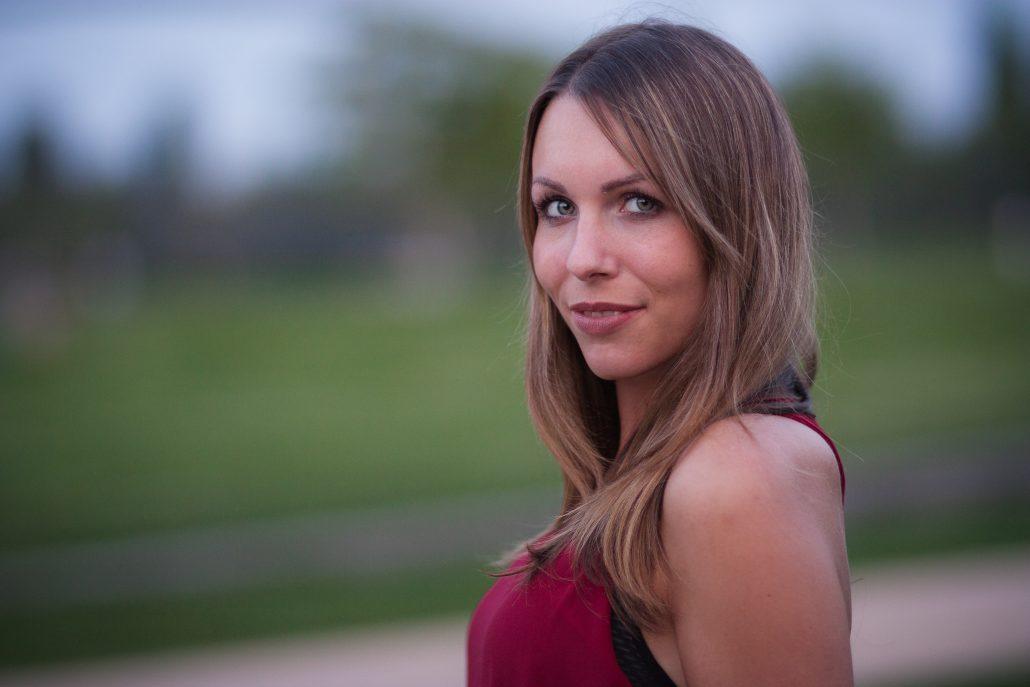 Shooting mit Vanessa im Osthafen Park